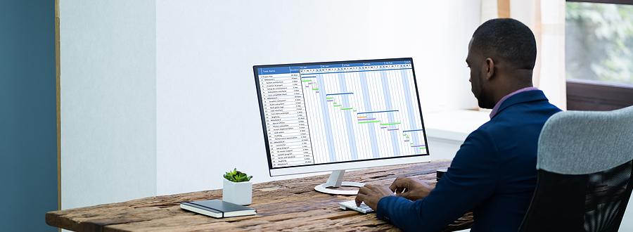 Worker using a timesheet application